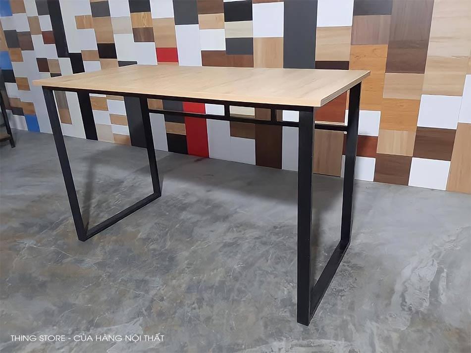 bàn làm việc chân sắt giá rẻ Đà Nẵng