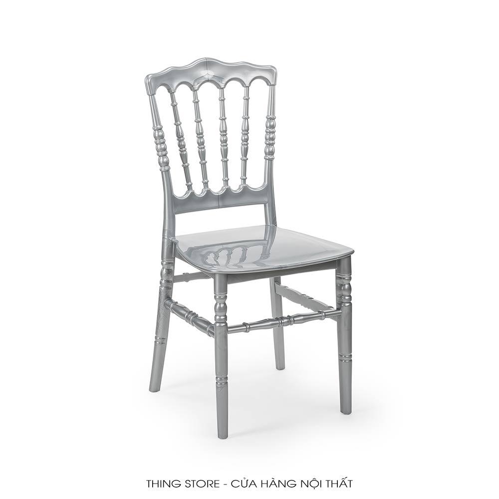 Napoleon chair in Da Nang